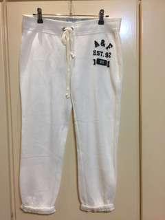 🚚 全新白休閒褲