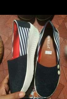 Sepatu hak
