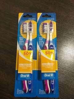(2 sets for $6) Oral B Extra Soft Toothbrush