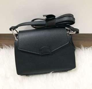 Bershka Ring slingbag