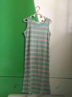 Details Kaos Panjang Dress