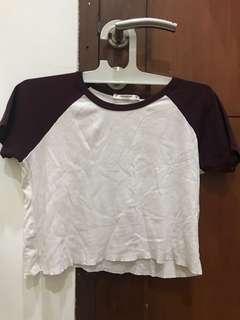burgundy t shirt