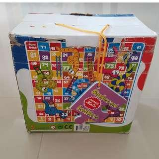 Puzzle Snake & Ladder Puzzle