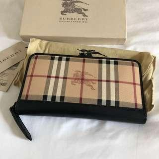 Burberry Long Zip Wallet (BNIB With Tag)