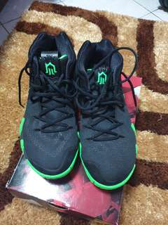 big sale dc782 d3f84 kyrie 4 shoes   Footwear   Carousell Philippines