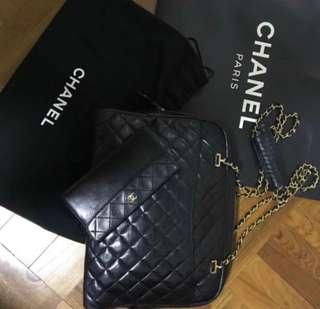 💯 authentic and great condition Vintage Chanel Bag