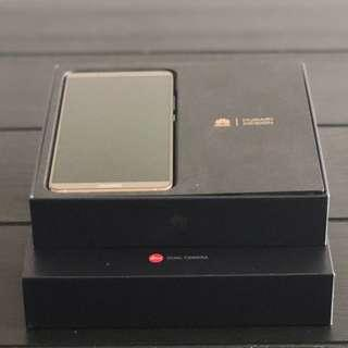 Huawei Mate 10 Pro - Pristine Condition, Mocha Brown comes with original box + bonus phone case