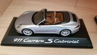 Porsche 911  Carrera S Cabriolet Model Car