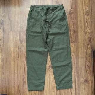 Uniqlo Army green linen pants