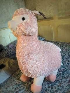 Giant Llama Stuffed Toy (Alpaca)