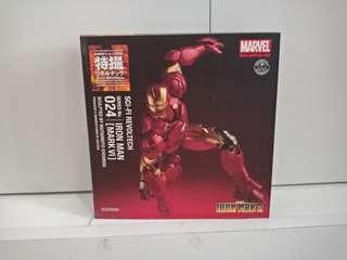 Sci-fic Revoltech Iron Man Mark VI