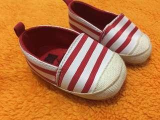 Sepatu prewalker import