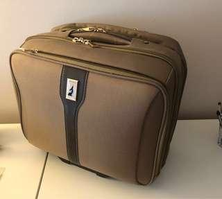London Fog Luggage: Laptop Suitcase/Office HandCarry Luggage