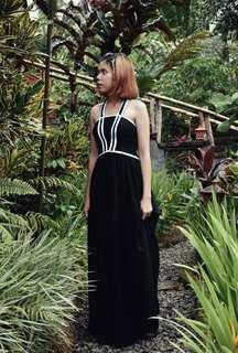 Long black simple gown