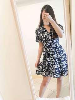 [NEW] BLUE FLORAL WRAP DRESS FLOWY