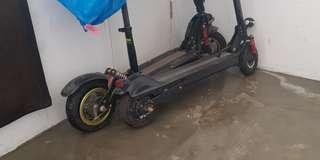 2 faulty spoilt escooter e-scooter for parts or repair.