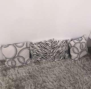 sarung + bantal sofa (dapat 4)