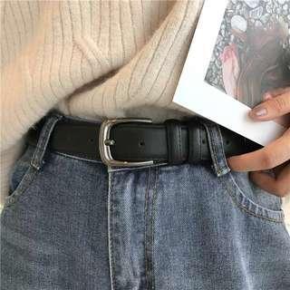 🚚 Black Leather Belt