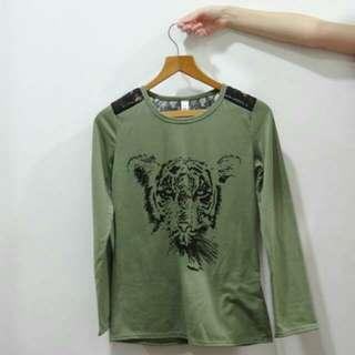 🚚 BN Army Green Tiger Print Long Sleeves T Shirt With Lace Details