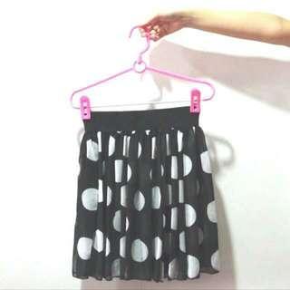 🚚 BN Retro Vintage Style White Polka Dots On Black Chiffon Layer Elastic Waist Band Skirt