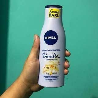 #sharethelove Preloved Nivea sensational body lotion vanilla and almond oil