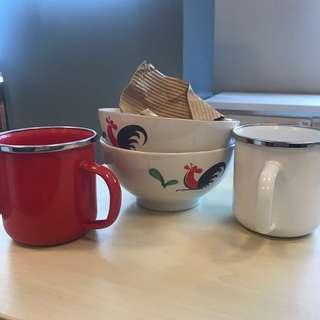 #sharethelove 1 SET mangkok ayam dan mug merah putih