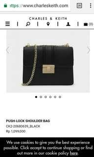 Tas hitam charles and keith