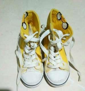 Highcut shoes