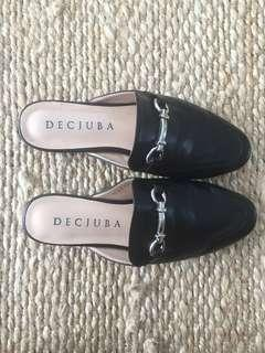 Decjuba slip on loafer
