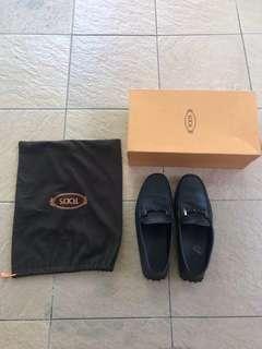 Tod's men flat shoes doppia t ricoperta