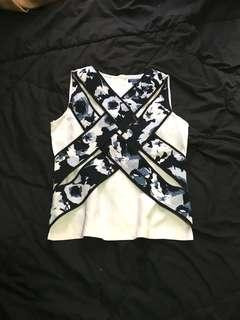 YACHT21 Crossover Pattern Top #ShareTheLove