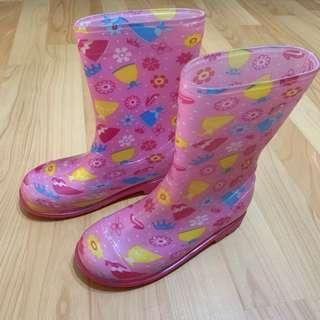 🚚 女童雨鞋 粉紅 尺碼32 約腳長20公分 少穿保存良好 二手便宜出清