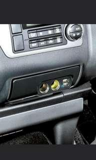 (SoLd)Toyota HiAce Cigarette dual socket and dual usb port. Nicely fitted. Pls see picture