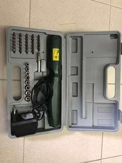Rechargeable Cordless tool set