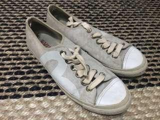 Evisu shoes sneakers like converse