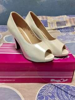 White Open-Toed 3 inches Heeled Shoes
