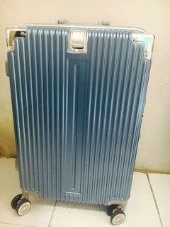 Luggage (Blue)
