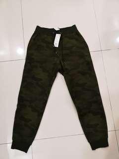 Uniqlo Jogger Jeans