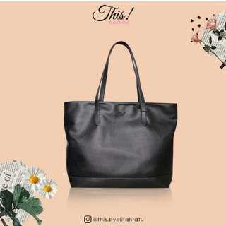 Preloved TOTE BAG HITAM This! by alifah ratu tas