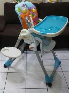 Preloved: Chicco Polly 2 in 1 highchair - Safari