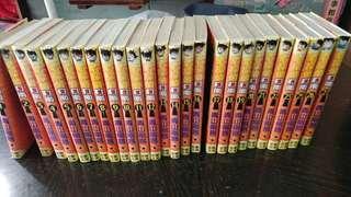 名偵探柯南散書一堆