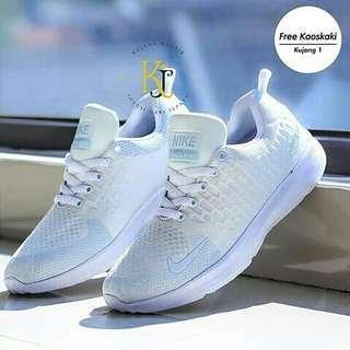Free order sneakers murah nan keren nya yuu made in vietnam