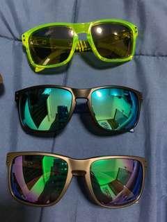 🚚 Trendy Oakley Holbrook Sunglasses