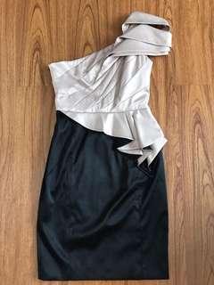 Dress cream black