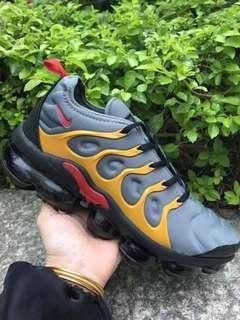 Nike - Air VaporMax Plus sneakers