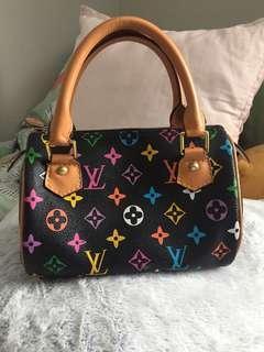 Little Non authentic Louis Vuitton purse 👜 💜