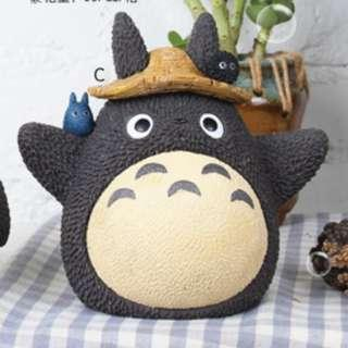 🚚 Totoro Piggy Bank