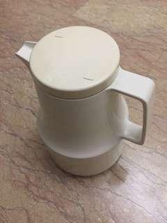 🚚 Thermal jug flask keep hot for long time! #MakeSpaceForLove