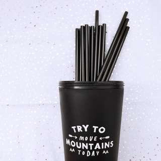 🚚 Black Metal Straw + cleaning brush (not sold separately)