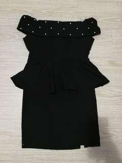 🚚 Brand new off shoulder black peplum dress